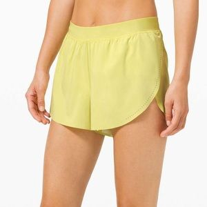 """NEW Lululemon Find Your Pace Short 3"""" *Lined"""